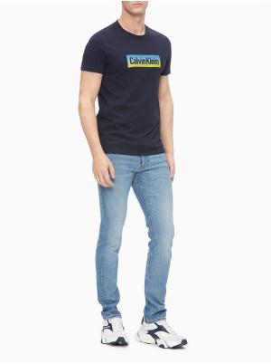Men Slim Fit Tshirt