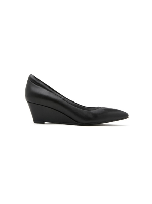 Classic Pointed Wedges