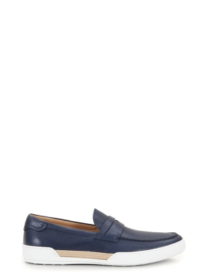 LOAFERS IN LEATHER