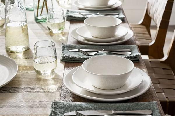 EXQUISITE TABLE JEWELRY